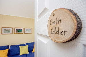 Room sign - Oyster Catcher
